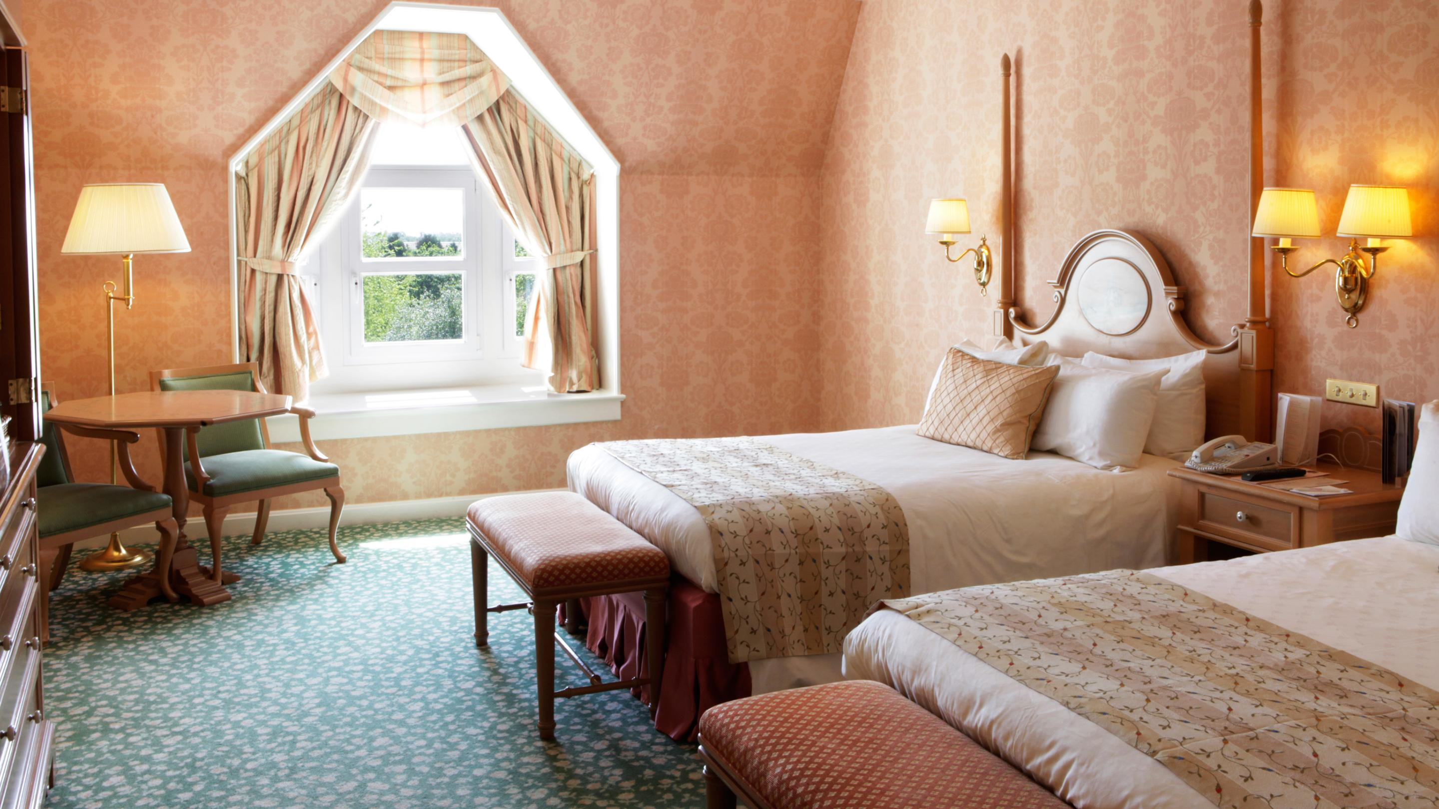 Disneyland Paris Hotel Camere : Disneyland hotel room rates disneyland paris