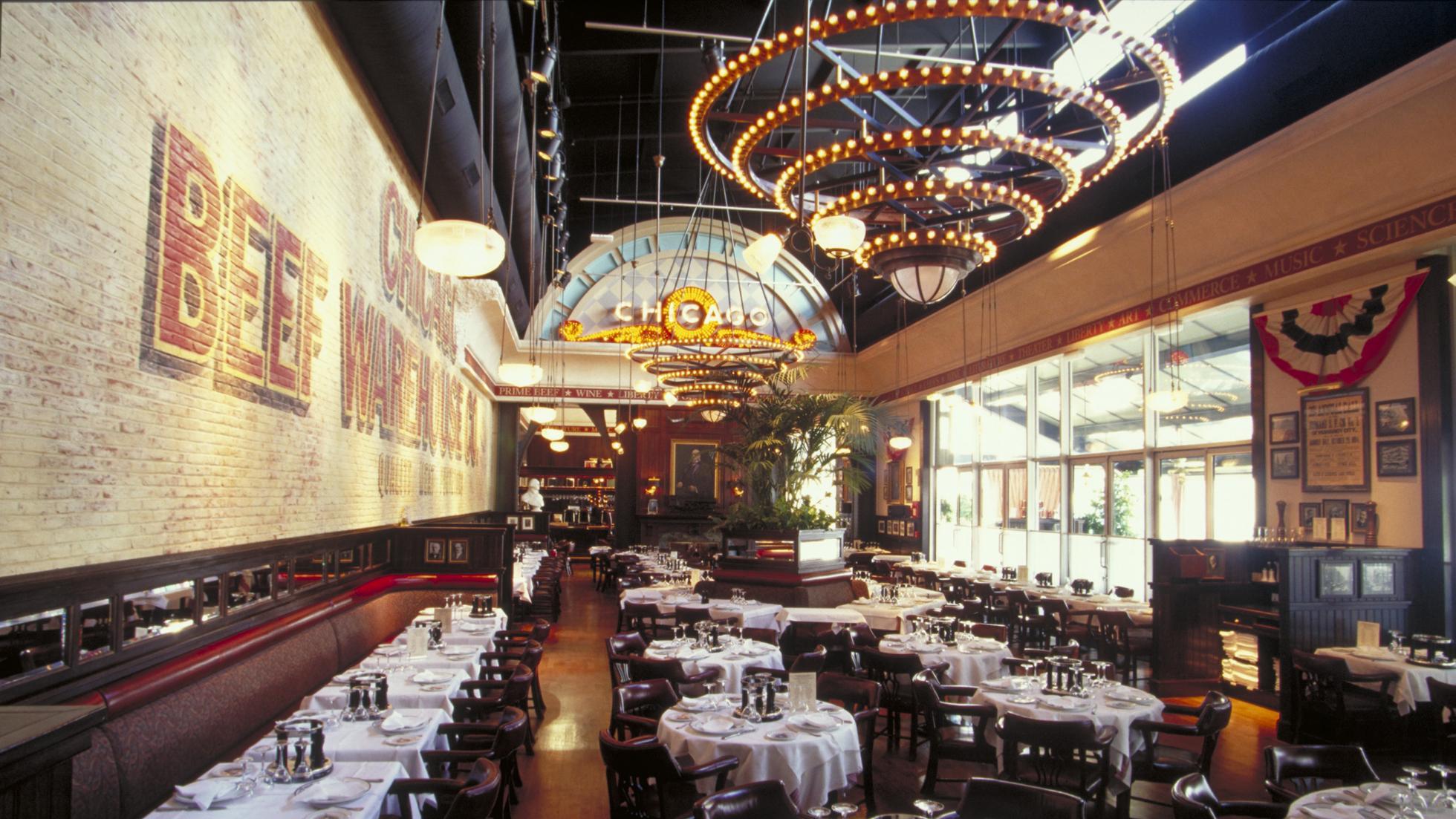 the steakhouse restaurant et r servation disneyland paris. Black Bedroom Furniture Sets. Home Design Ideas