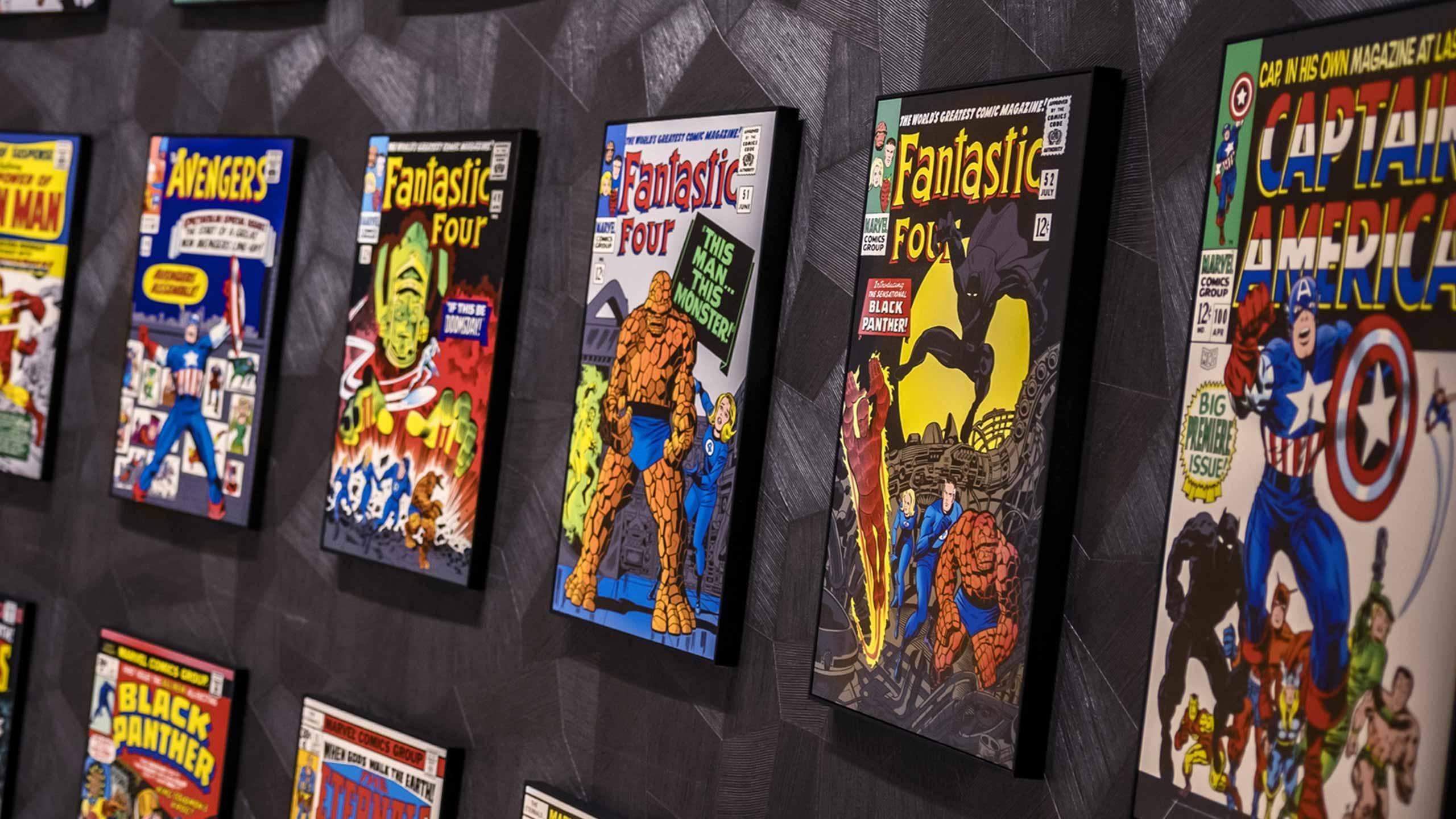 Obras de arte de Super Heróis em cada esquina